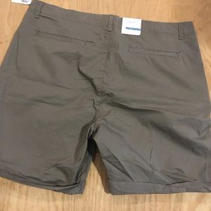 ☀️NWT old navy Bring your dress size 16 khaki
